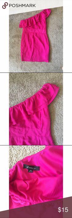 ✨ONE SHOULDER F21 DRESS✨ Hit pink. Wore once. Off the shoulder. Forever 21 Dresses Mini