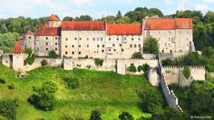 Burghausen Castle: Perched above the town of Burghausen in Upper Bavaria, it is the longest castle complex in the world, at least according to the Guinness Book of Records: it measures 1051 meters. The castle was built before 1025 and served as a residence to the Bavarian Wittelsbach dynasty.