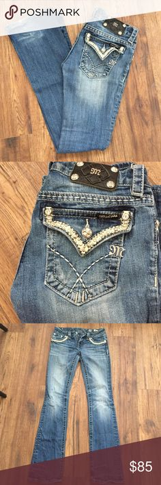 Size 26 miss me Bootcut jeans Size 26. Great condition. Miss Me Jeans Miss Me Jeans Boot Cut