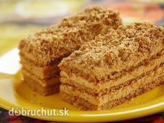 Jemné medové rezy s kávovou plnkou -  Vajce, margarín, cukor, med miešame nad parou, kým sa všetko nerozpustí, portom pridáme jedlú sódu,...