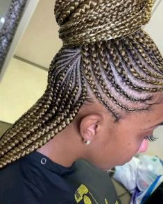 Cornrows Updo, Braided Hairstyles For Black Women Cornrows, Braids Hairstyles Pictures, Girls Natural Hairstyles, African Braids Hairstyles, Hair Pictures, Girl Hairstyles, Braided Mohawk Black Hair, Lemonade Braids Hairstyles