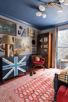 Chandelier Bedroom, Modern Chandelier, Traditional Bedroom, Traditional Design, Union Jack Bedroom, British Bedroom, Boys Bedroom Wallpaper, Masculine Room, Striped Wallpaper