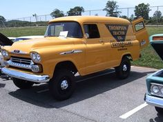 Outstanding work trucks info is readily available on our web pages. Vintage Chevy Trucks, Old Pickup Trucks, Gm Trucks, Jeep Truck, Chevrolet Trucks, Classic Gmc, Classic Ford Trucks, Classic Chevrolet, Panel Truck