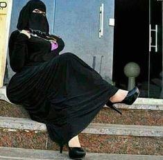 Iranian Women Fashion, Muslim Fashion, Hijab Fashion, Women's Fashion, Beautiful Arab Women, Beautiful Hijab, Arab Girls Hijab, Muslim Girls, Hijabi Girl