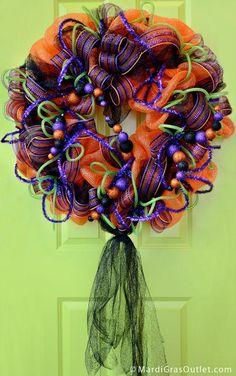 DIY Halloween Decor DIY Halloween Crafts : DIY  Glitter Ball Halloween Wreath