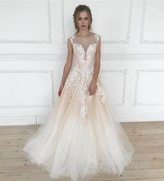 """210 Likes, 6 Comments - Свадебный салон Marry Me (@marryme_bridal) on Instagram: """"Это платье поражает воображение 😍✨ невероятный рисунок, песочный цвет с необычным переходом омбре🍨…"""""""