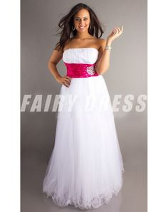Shop for long prom dresses and formal evening gowns at Simply Dresses. Short casual graduation party dresses and long designer pageant gowns. Red Tight Prom Dress, High Low Prom Dresses, Prom Dresses 2017, Plus Size Prom Dresses, Formal Evening Dresses, Evening Gowns, Women's Dresses, Pretty Dresses, Dresses Online