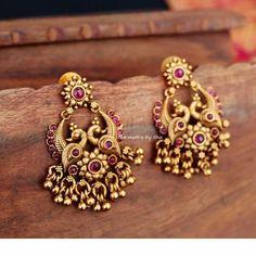 earrings Antique earrings collection from Indian Jewelry Earrings, Jewelry Design Earrings, Gold Earrings Designs, Gold Jewellery Design, Antique Earrings, Bridal Jewelry, Gold Jewelry, Gold Jhumka Earrings, Ruby Earrings