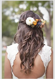 love this hair for my sister (maid of honor)