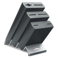 MESSERBLÖCKE - Gut geschützt und immer griffbereit bewahren Sie Ihre Messer im Holzblock auf. Ein Blickfang in jeder Küche. Mit mattiertem Fuß aus Aluminium. Aus hochwertiger Buche. Für 6 Teile.