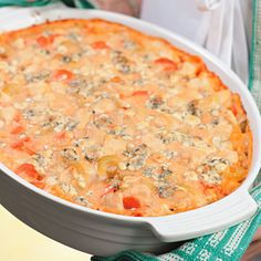 Buffalo Chicken Casserole: We took the classic flavors of Buffalo wings—hot sauce, blue cheese, carrots and celery—and created a finger-licking-good casserole. Serve this dish during football season to a hungry crowd and it's sure to be a hit. Buffalo Wings, Healthy Casserole Recipes, Healthy Recipes, Easy Recipes, Oven Recipes, Healthy Meals, Healthy Food, Buffalo Chicken Casserole, Chicken Cassarole