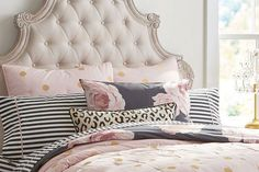 7 Cute Comforters for Your Dorm Room- Southernliving. Stylish bedding can go a long way in a cramped college space.   Every Southern girl knows that once she has selected her college, the next stop is the dorm room. Finding the perfect dorm room décor, which begins with bedding, is extremely important to making a space feel like home. Since the bed will be the focal point of the room, it will determine the look and feel of your space. We've rounded up our favorite comforters to tr
