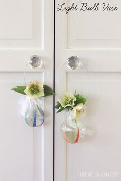 Learn how to upcycle light bulbs into mini flower vases. This is so cool!