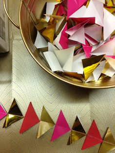 Party In A Box: Triangle Garland