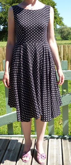 Sew Over It Betty Dress par vanessa39 - thread&needles