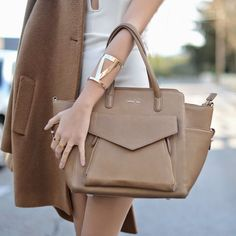 A special shoutout to @abisuarez with the ESTHER bag, here in taupe!  #katelee #fashion #style #bag #esther