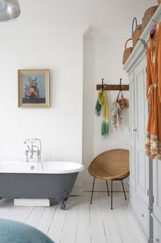 bathroom with grey tub