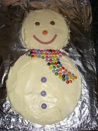 Snowman cake - Click image to find more Holidays & Events Pinterest pins
