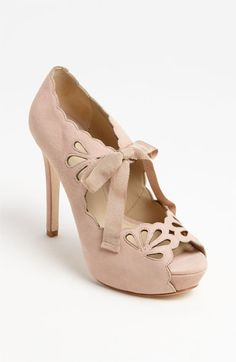 Scalloped edge pump with a bow. It's a possibility.