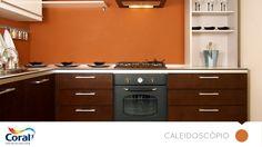 Cozinha colorida e com paredes limpas! 20