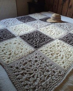 SQUARE - FREE GRAPHIC - Crochet Patterns Easy