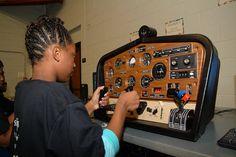 For great tips on  online flight simulator reviews check out www.flightsimulatoronlinegame.com
