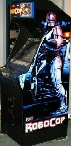 Robocop Arcade - (1988 - 8 bit) and (1989 - 16 bit) Age source: Wikipedia - #arcade #retrogaming