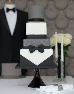 unique groom's cake