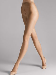 Nude and natural hosiery: these sheer tights are seemingly invisible and feel light and soft like powder on the skin. Nylons, Pantyhose Legs, Nude Tights, Sheer Tights, Summer Legs, Online Lingerie, Baddie Hairstyles, Lovely Legs, Wolford