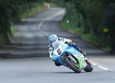TT hero Dean Harrison favourite for RST Superbike Classic TT Race