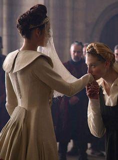 Marion Cotillard as Lady Macbeth and Elizabeth Debicki as Lady McDuff in Macbeth (2015).