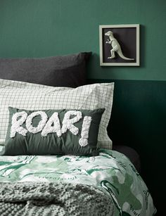 How to decorate your kid's bedroom with a DIY dinosaur theme Dinosaur Kids Room, Boys Dinosaur Bedroom, Kids Bedroom Boys, Boy Toddler Bedroom, Toddler Rooms, Baby Boy Rooms, Boys Bedroom Colors, Dinosaur Bedding, Childs Bedroom