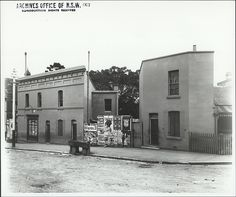 Randle St,Surry Hills/Redfern in inner Sydney (year unknown). Sydney City, Surry Hills, Historical Images, Historical Architecture, Sydney Australia, Travel Images, Street View, History, Places