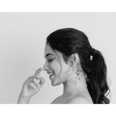Bollywood,Tollywood news,events, actress gallery,photos Anusha Dandekar, Mandana Karimi, Pooja Chopra, Kiara Advani Hot, Deepika Padukone Hot, Indian Eyes, Navel Hot, Hot Poses, Pics For Dp