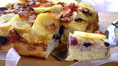 POTATO, BACON AND BLUEBERRY BREAD - This is a rather special bread for those celebratory meals with family and friends