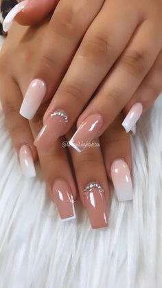 Bling Acrylic Nails, Acrylic Nails Coffin Short, Simple Acrylic Nails, Best Acrylic Nails, Gold Nails, Coffin Nails, Square Acrylic Nails, Cute Acrylic Nail Designs, Nice Nail Designs