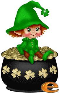 Alphabet, Saint Patrick, Snoopy, Alice In Wonderland Party, Betty Boop, Saints, Creations, Christmas Ornaments, Disney Princess