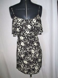 Item ID: 382034768683 Women's (Size XS) HOLLISTER Black & Ivory Floral Design Dress Cold Shoulder  #Hollister #ColdShoulder #Casual