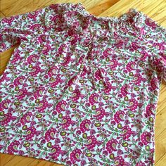 Beautiful spring blouse Beautiful blouse with floral pattern. Light & breezy for spring/summer weather. This top is sheer so you may need to wear a cami underneath. 100% polyester. Falls to hips. No trades Old Navy Tops Blouses