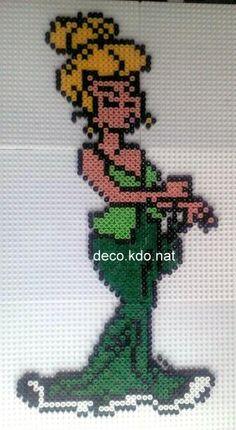 sandylandya@outlook.es  Me agecaconix Asterix hama beads by decokdonat
