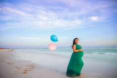 Twin Maternity Photo Session at Honeymoon Island in Dunedin   Dana Nicole Photography   Tampa, FL