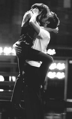 ryan gosling and rachel mcadams | MTV best kiss awards 2005