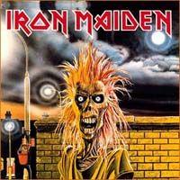 Iron Maiden  A capa reflete um som mais cru que o Iron fazia na época. Uma capa sensacional de um disco idem.