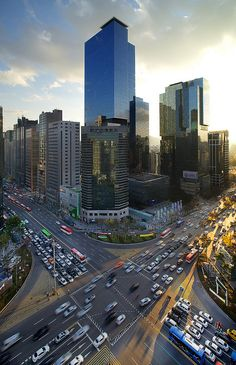Gangnam District , Seoul, Tour, Korea by Korean Photographer.... Just lived down the street www.travel4life.club
