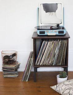 diy headphone stand ideas, diy headphone stand desks, diy headphone stand awesome, diy headphone stand design