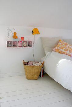 Yellow Vintage Kinderzimmer, Schlafzimmer, Nachttisch, Gelb, Dachgeschoss,  Regal, Raum,