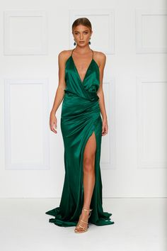 Guinevere Luxe Satin Gown - Emerald (Preorder) – Alamour The Label Satin Gown, Satin Dresses, Ball Dresses, Sexy Dresses, Formal Dresses, Silk Gown, Party Dresses, Emerald Gown, Emerald Green Dresses
