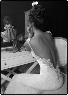 Vintage backless wedding dress