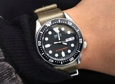 Seiko Diver, Rolex Watches, Bicycles, Board, Clock, Bangle Bracelets, Accessories