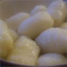Quick Gnocchi need to add salt pepper garlic basic parm to recipe. very bland but great use for instant potatoes Veggie Recipes, Cooking Recipes, Healthy Recipes, Veggie Meals, Instant Mashed Potatoes, Making Gnocchi, Gnocchi Recipes, Pasta Recipes, Tetrazzini